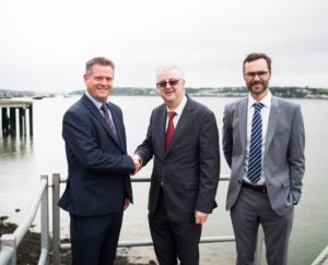 Mark Drakeford AM with Chris Williams (left) and Cam Algie of Bombora Wavepower